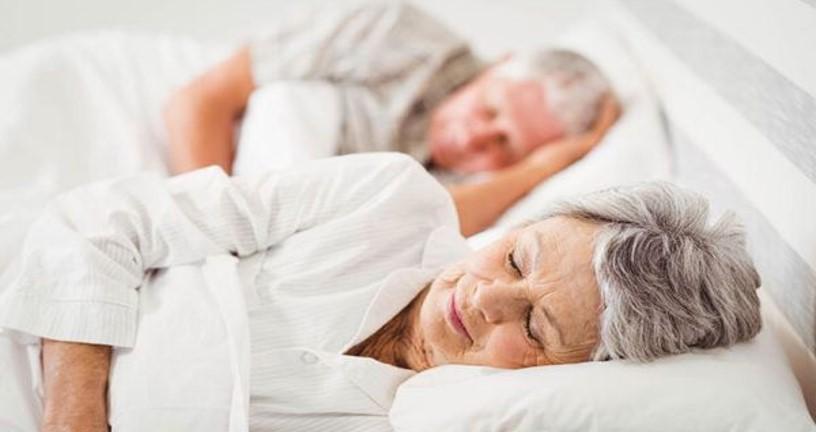Người già có nên nằm nệm lò xo? Presentation2 8