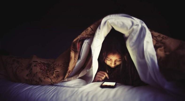 """""""BÓC TRẦN"""" những nguyên nhân gây mất ngủ ở người trẻ Presentation9"""