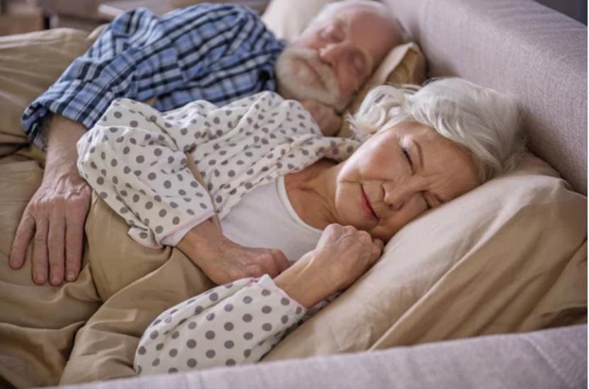 5 Mẹo Chữa Mất Ngủ Cho Người Lớn Tuổi image