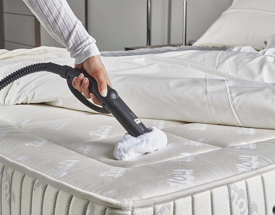 cách vệ sinh nệm tại nhà
